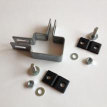 Horganyzott lemezes táblarögzítő (sarok) 60x40mm