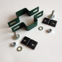Zöld lemezes táblarögzítő (köztes) 60x40mm